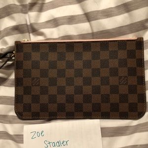 AUTHENTIC LouisVuitton Neverfull MM Pouch Wristlet